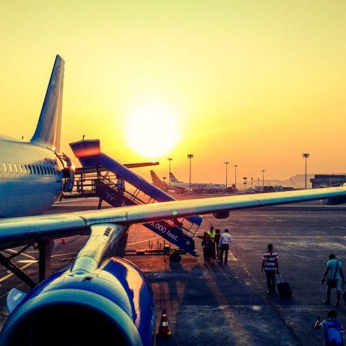 Kokią vietą rinktis lėktuve ir tikėtis geriausio aptarnavimo