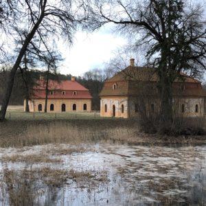 Liubavo dvaro malūnas-muziejus: nuostabi vieta arti Vilniaus